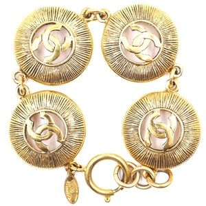 Cc Medallion Pendant Charm Links Cuff Bracelet